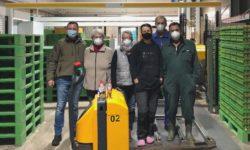 Foto: Mitarbeiter*innen eines mein-ei.nrw Mitgliedsbetriebes (Foto: Vriesen-Hof)